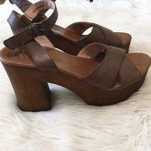 dc98bfa6d4cf Musse   Cloud Shoes - Musse   Cloud Miley Brown Leather Platform Sandals